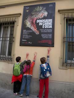 """Bambini alla mostra """"Dinosauri in carne ed ossa"""""""