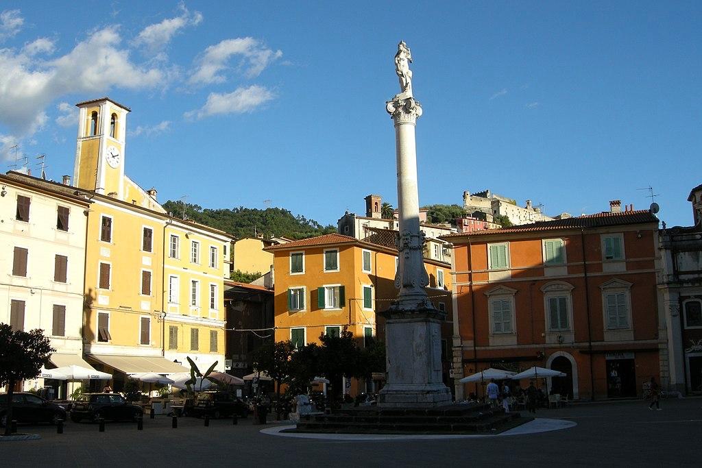 Piazza Mercurio Massa
