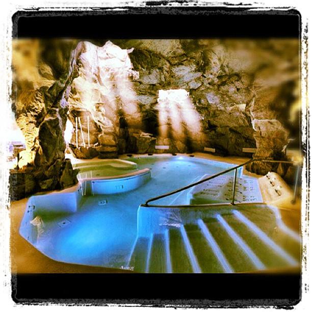 Una delle piscine di Tombolo Talasso Resort - Foto da Facebook