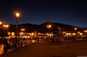 Veduta notturna di Cusco