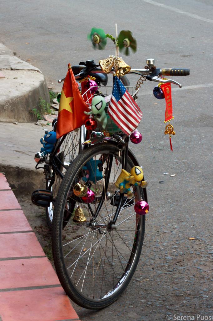 Vietnam e USA: pace fatta? Foto scattata sul Delta del Mekong