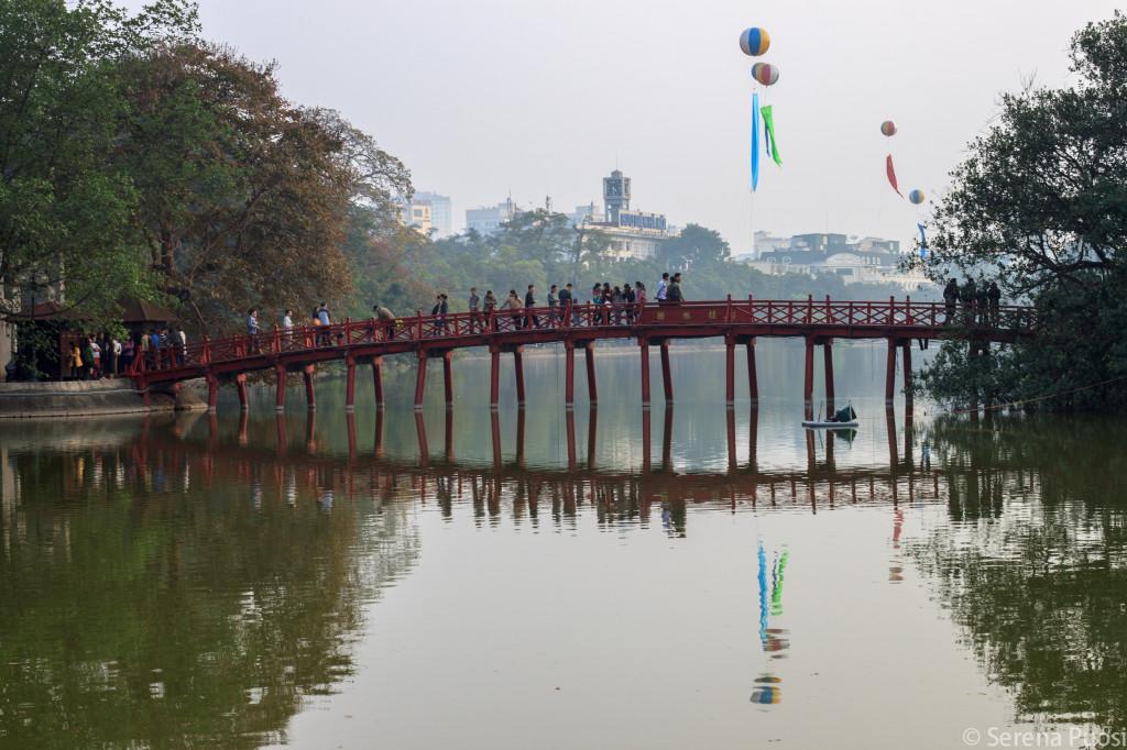 Il Lago Ho Hoan Kiem ad Hanoi