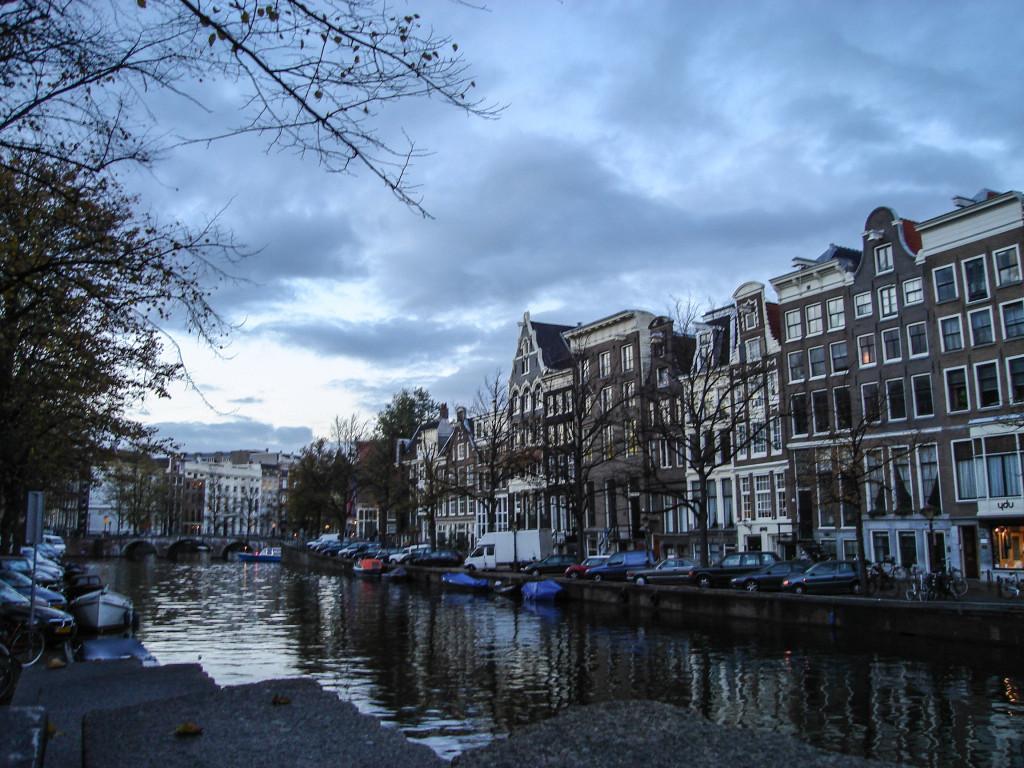 Amsterdam in 4 giorni consigli pratici di viaggio for Dormire amsterdam centro
