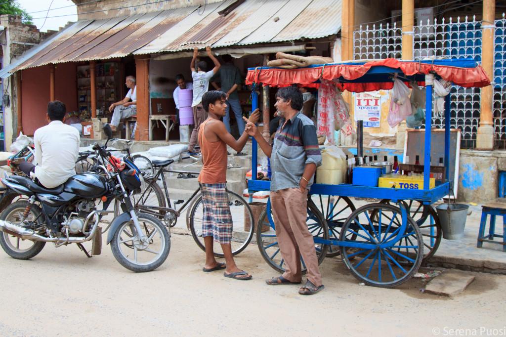 Per strada a Mandawa