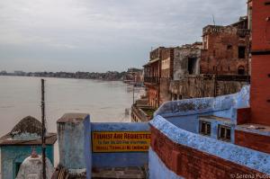Il Gange visto dalla città