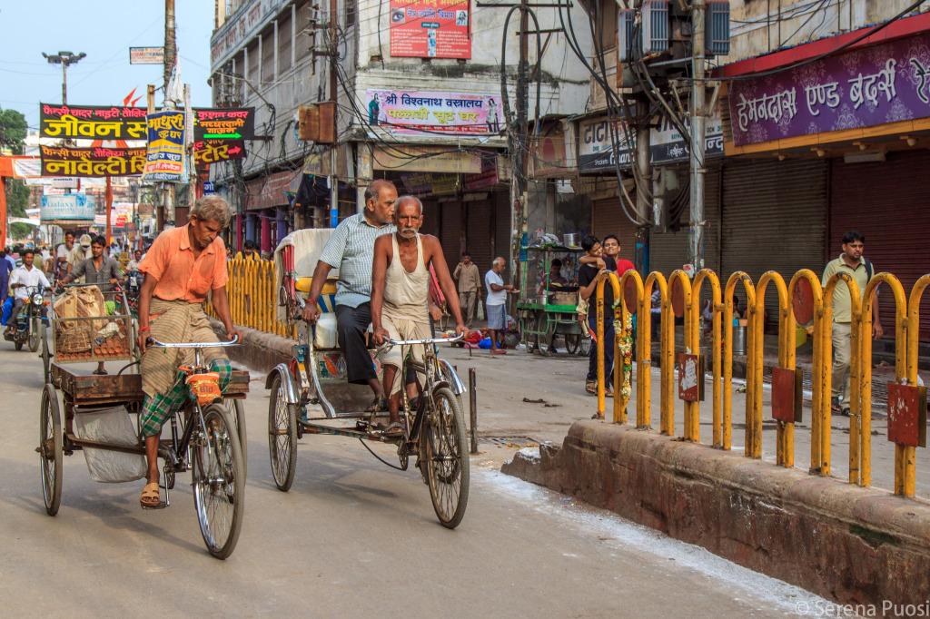 Una strada di Varanasi