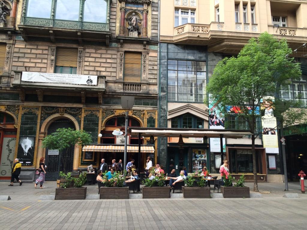 Budapest-Broadway