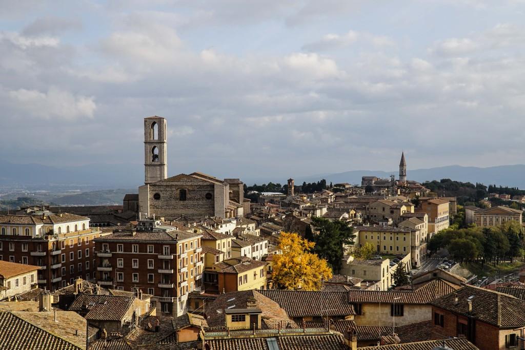 Veduta di Perugia sulla chiesa di San Domenico