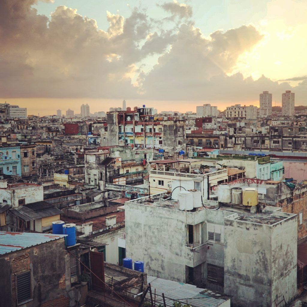 12-foto-di-Cuba-per-12-giorni-di-viaggio-la-habana-tramonto