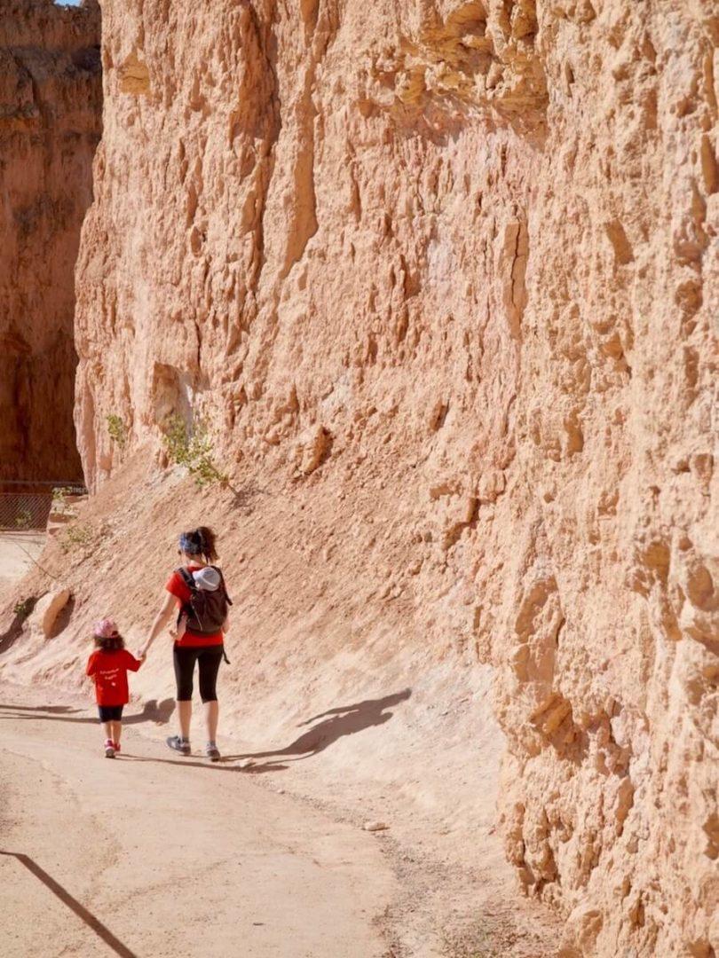 A spasso per il Navajo Loop Trail con i bambini