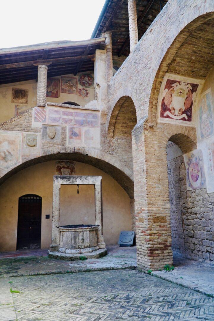 affreschi Palazzo Comunale